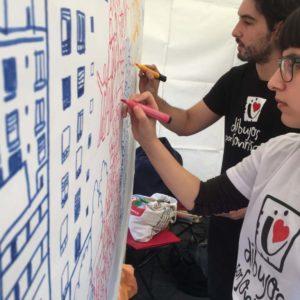 """Manu Ripoll y Katherina Carballales dibujando en el encuentro """"BCN Ciutat Diversa"""""""